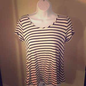 Striped flowy shirt